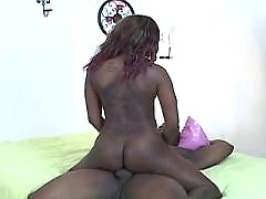 Ebony plump woman cant get enough fucking